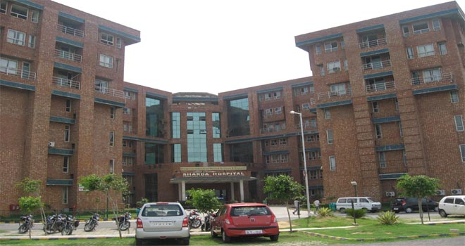 Sharda hospital Greater Noida – Doctors List, Contact Details