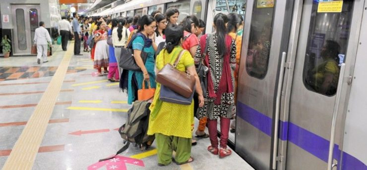Kejriwal announce the free travel for women in Metro-DTC Delhi