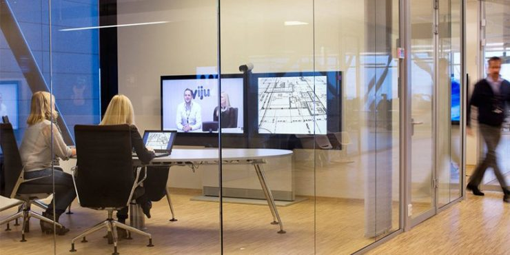 Understand Key Difference between Web and Video Conferencing