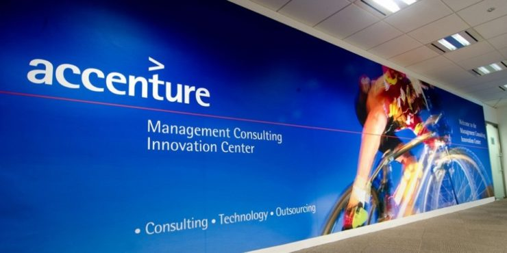 Which is better for a fresher: Accenture or Infosys? Why?