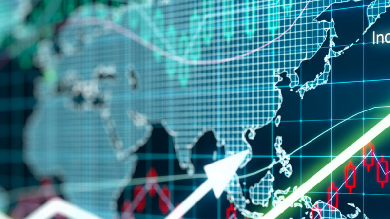 All stocks are under quarantine, what should mutual funds investors do?