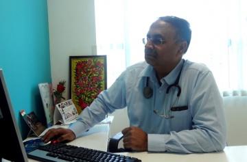 Dr Abhay Ahluwalia