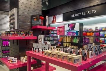 Preet Cosmetic Store